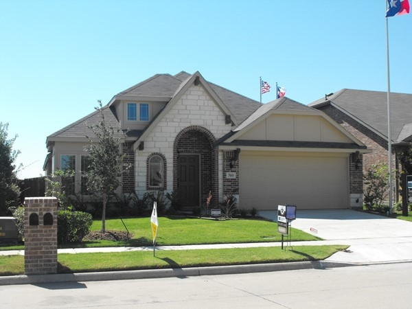 Bloomfield Homes has move in ready homes in Grand Heritage of Lavon Texas